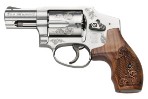 S&W 640 Engraved Left