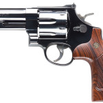 Smith & Wesson Model 29 150254 Classic 44Mag 4″ Blued 6rd Square Butt Walnut Grip Blued