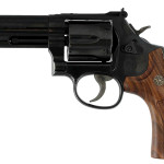 Back in Stock! S&W 150909 Model 586 Classic 357 Magnum 4″ Barrel – Blued – 6 Rounds – Wood Grip