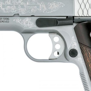 S&W 1911 Engraved 10270 3